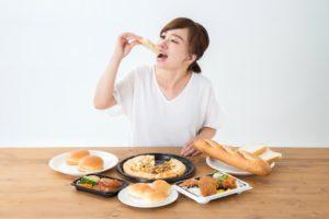 糖質制限ダイエットは痩せる?仕組みや食事制限の注意点を解説